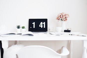 Květuše Vašířová home office fotky pro Instagram